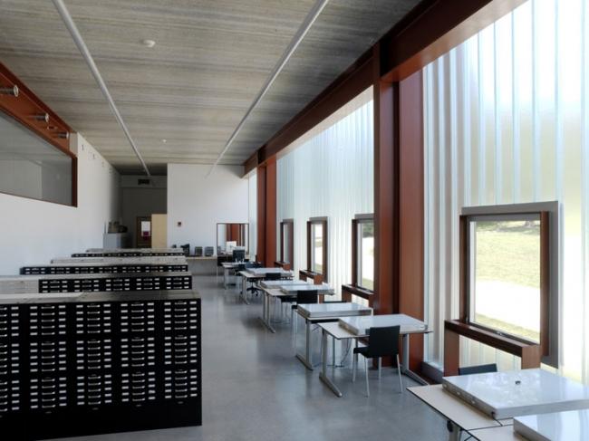 Школа искусств и истории искусства Университета Айовы © Andy Ryans via Steven Holl Architects