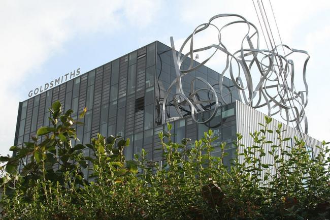 Здание имени Бена Пимлотта, Голдсмитс-колледж. Архитектор Уилл Олсоп. Фото: Goldsmithslondon via Wikimedia Commons. Фото находится в общественном пользовании