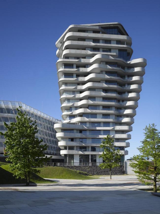 Башня «Марко Поло».  Фото © Roland Halbe / Behnisch Architekten