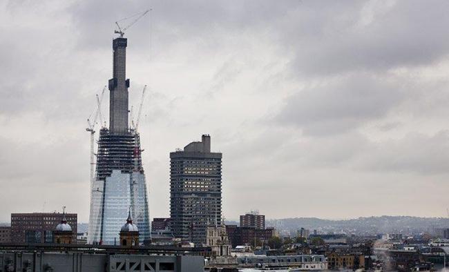 «Шард Лондон Бридж» в процессе строительства. Ноябрь 2010. Фото © David Levene