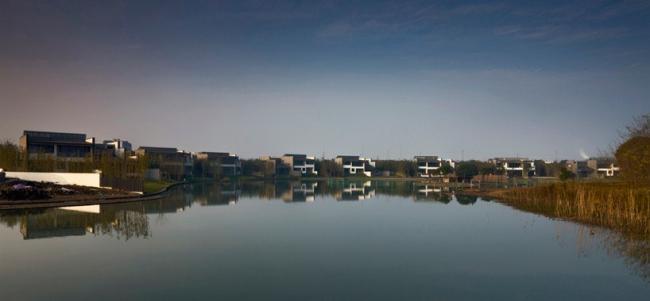 Поселок «The Bay». Фото: FCJZ