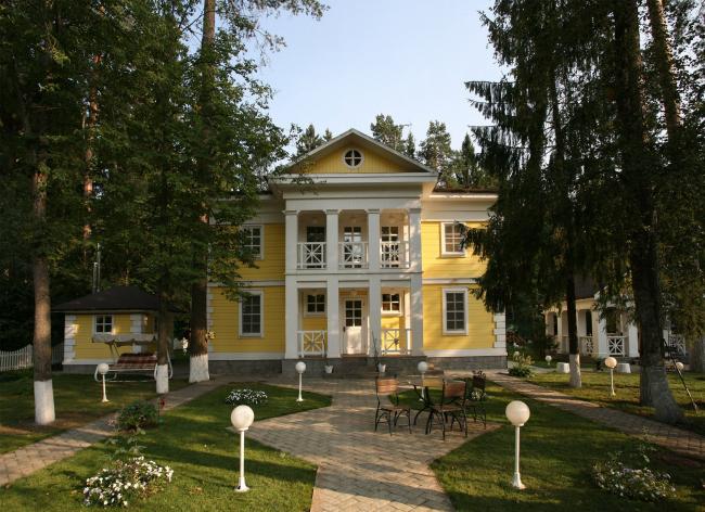 Жилой дом в Захарово. Реализация, 2010 © Архитектурное бюро «АСБ Карлсон & К»