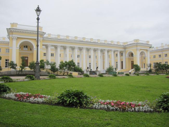 Проект реконструкции Александровского дворца. Главный фасад © Студия 44