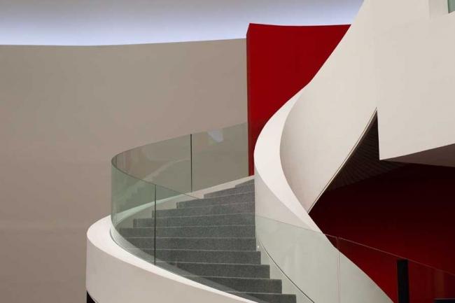 Международный культурный центр Оскара Нимейера ©Angel Navarrete