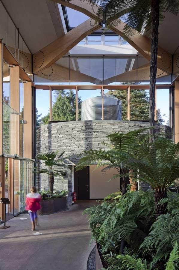 Ворота Джона Хоупа Королевского ботанического сада в Эдинбурге. 2010, © Paul Raftery