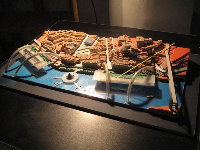 Международный архитектурный конкурс идей по восстановлению прибрежной зоны реки Доуро в Опорто (Португалия). Развитие прибрежной зоны Порту. Авторы: И. Корбут, Н. Корбут, А. Кудимов. Макет 2007