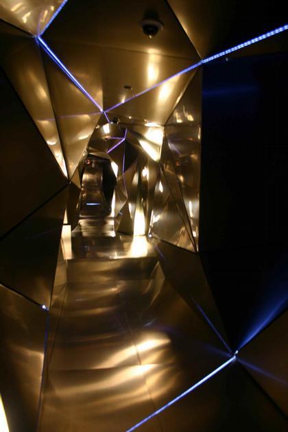 Мадрид. Интерьер отеля «Пуэрто Америка». Этаж испанской студии Plasma. Фото: Николай Малинин