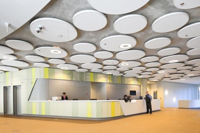 Здание Агентства по образованию и Налогового управления Нидерландов © Ronald Tilleman