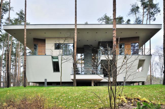 Частный жилой дом в поселке «Горки-6»