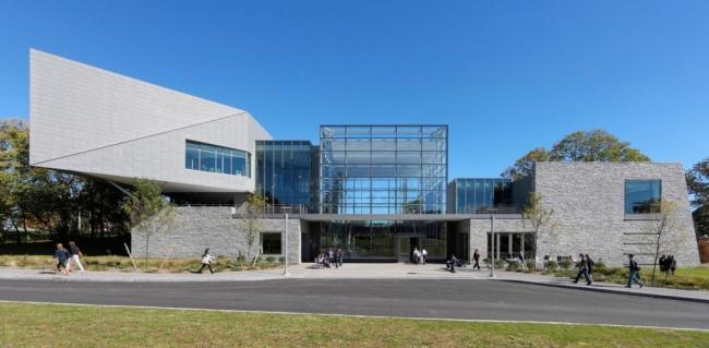 Корпус Гейтвей для обучения английскому языку как иностранному колледжа Уэстчестера © Jeff Goldberg/Esto