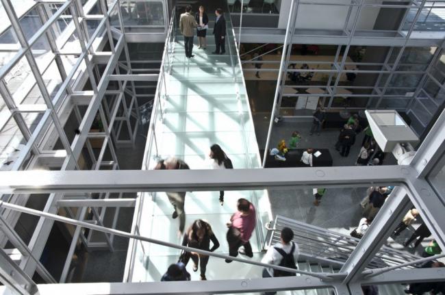 Корпус Гейтвей для обучения английскому языку как иностранному колледжа Уэстчестера © Aislinn Weidele/Ennead Architects