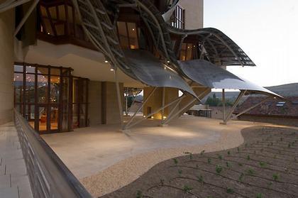 Гостиница «Маркес де Рискаль». Фото Thomas Mayer