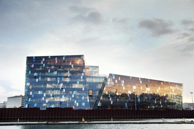 Конгресс-центр и концертный зал Harpa Courtesy of Harpa © Hordur Sveinsson