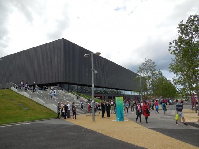 Олимпийский гандбольный стадион. Фото: Paul Gillett via Geograph. Лицензия CC BY-SA 2.0