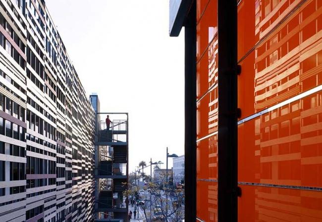 Гараж ТЦ Santa Monica Place Mall - реконструкция © Brooks + Scarpa
