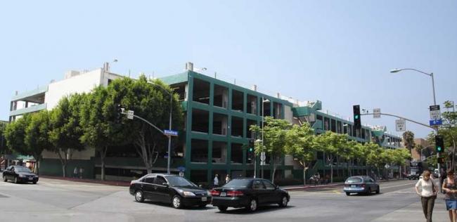 Гараж ТЦ Santa Monica Place Mall до реконструкции