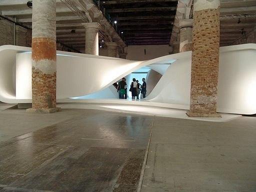 Инсталляция «Примерочная» на венецианской биеннале-2008
