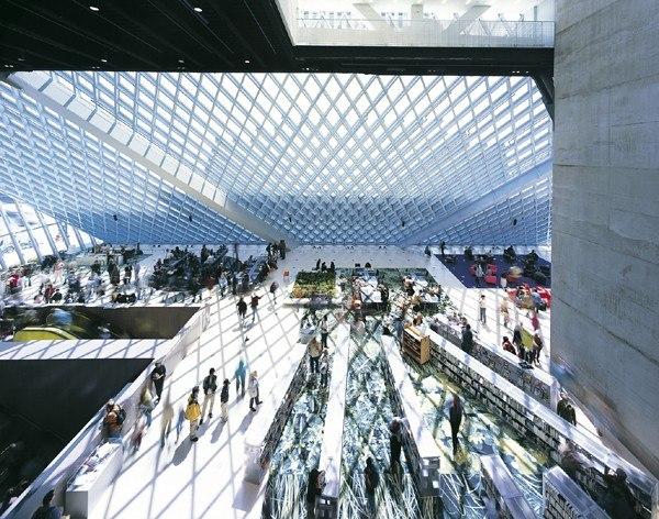 """Центральная библиотека, Сиэтл, США Читальный зал """"Гостинная"""" Фото © Ramon Prat для ACTAR"""