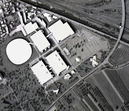 Общий вид ансамбля фабрики «Витра» с новыми постройками. Макет