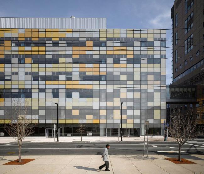 Клиническая лаборатория больницы Йель-Нью-Хейвен. © Roland Halbe