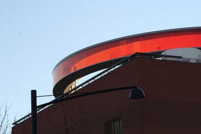 "Инсталляция Олафура Элиассона ""Your rainbow panorama"" в Орхусе. Фото © Studio Olafur Eliasson"