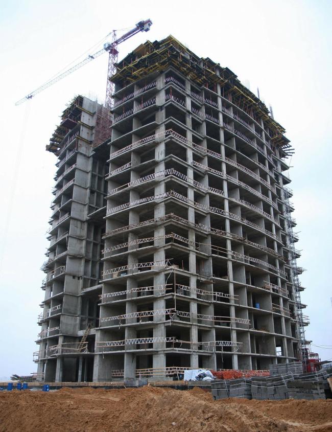 Янтарный город. В процессе строительства. 10.2006