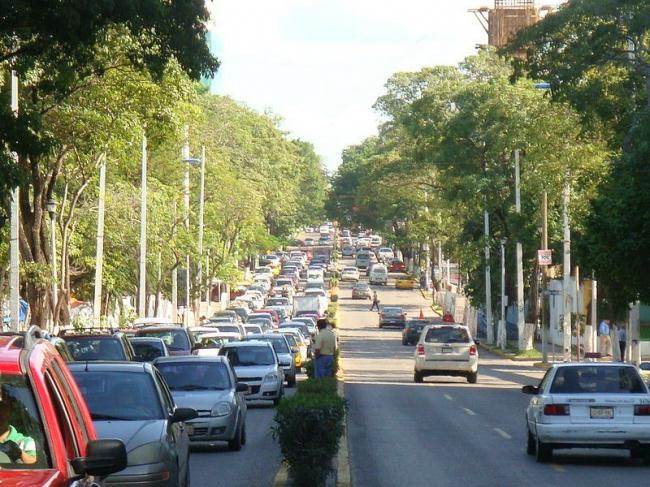 Проспект Пасео-Табаско до реконструкции. Фото с сайта Wikipedia.org