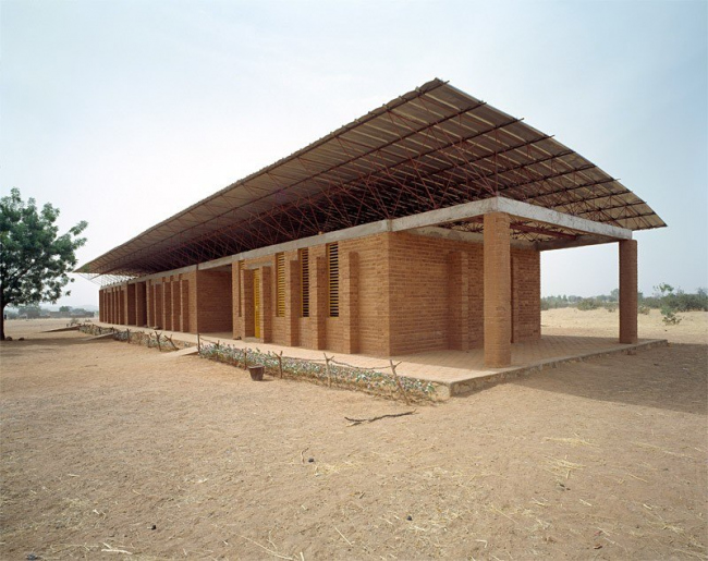 Начальная школа в Гандо, Буркина-Фасо
