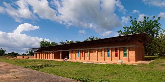 Новый корпус школы в Гандо, Буркина-Фасо