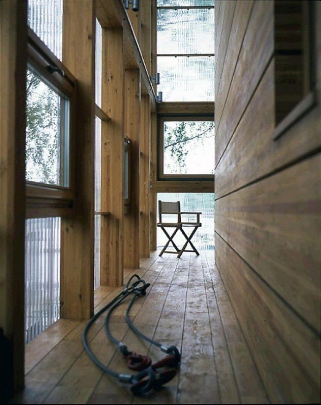 Дом с причалом 2. Фотография © Артем Дежурко