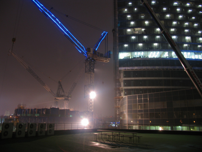 Начало строительства Восточной башни
