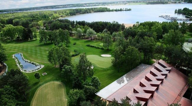 Гольф-клуб в Пирогово © Архитектурная мастерская Тотана Кузембаева