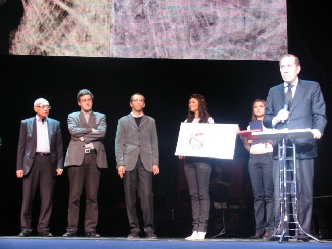 Награждение главных победителей Пьеро Витторио Аурели и Мартино Таттара
