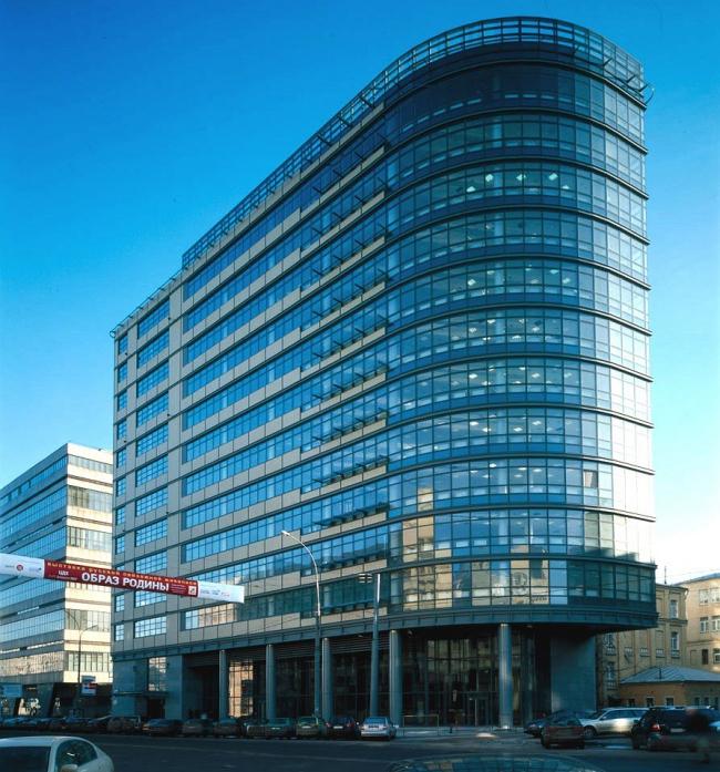 Бизнес-центр «Волна Tауэр». Реализация, 2005 © Архитектурная мастерская «АБВ»