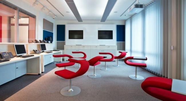 Кресла серии Bla Station.  Фотография предоставлена компанией BENE