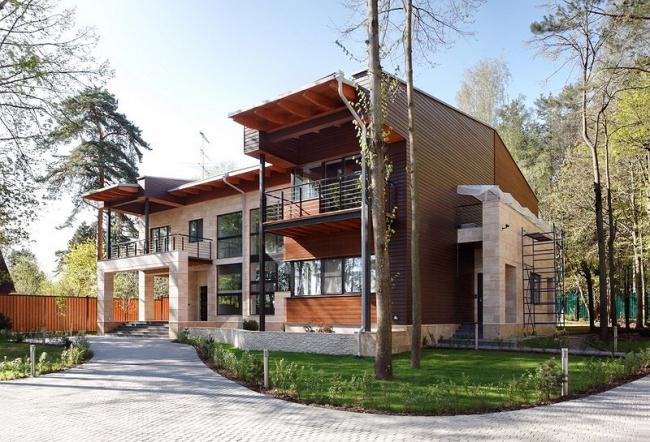 Частный дом в Подмосковье © Архитектурное бюро Романа Леонидова