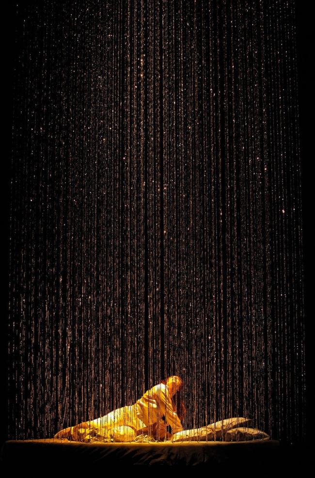 Рафаэль Виньоли. Оформление оперного спектакля «Любовь Данаи». 2010. Фото © Cory Weaver
