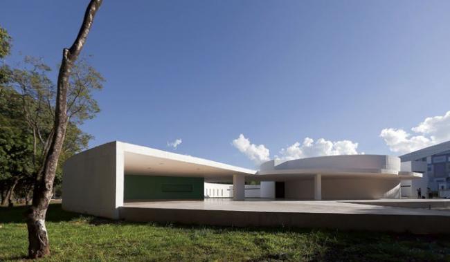 Оскар Нимейер. Культурный центр Шоро в Бразилиа. 2007-2010. Фото © Joana França