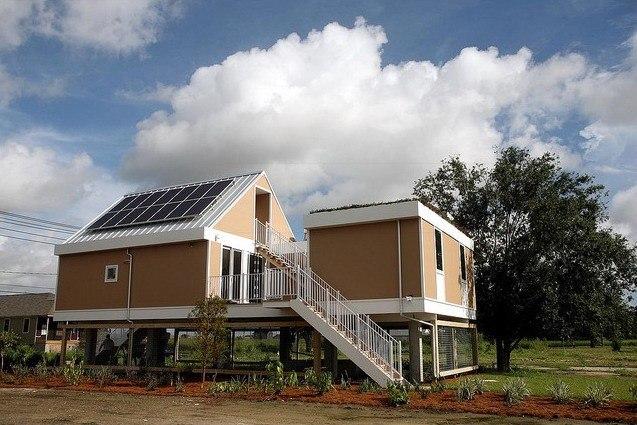 Дом в Новом Орлеане по проекту Шигеру Бана. Фото © Charlie Varley