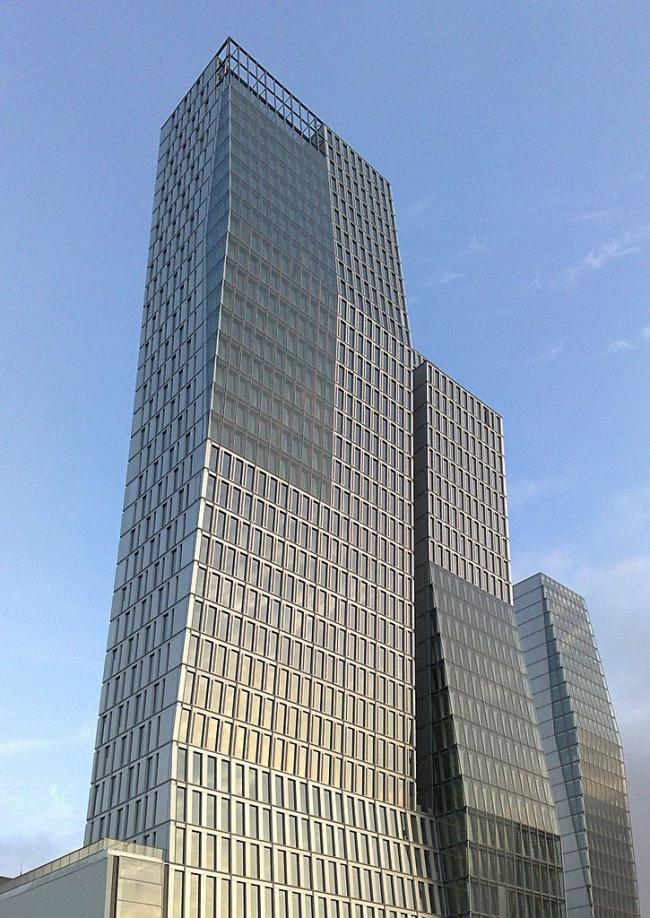 Башни комплекса PalaisQuartier. Фото: Saibo via Wikimedia Commons. Лицензия GNU Free Documentation License, Version 1.2