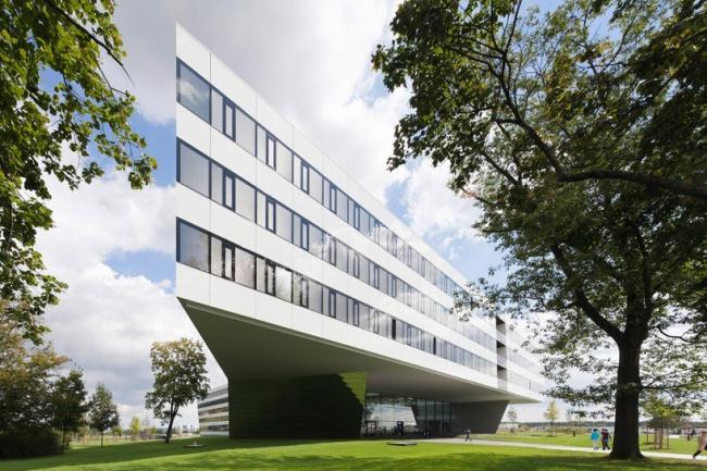 Здание adidas LACES © Werner Huthmacher