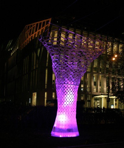 """Умберто Джираудо, """"Simplenature/Luminous tree""""."""