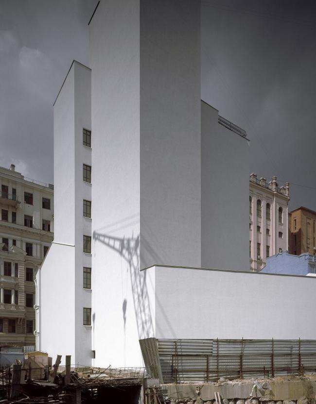 Административное здание в Милютинском переулке. Фотография © Юрий Пальмин