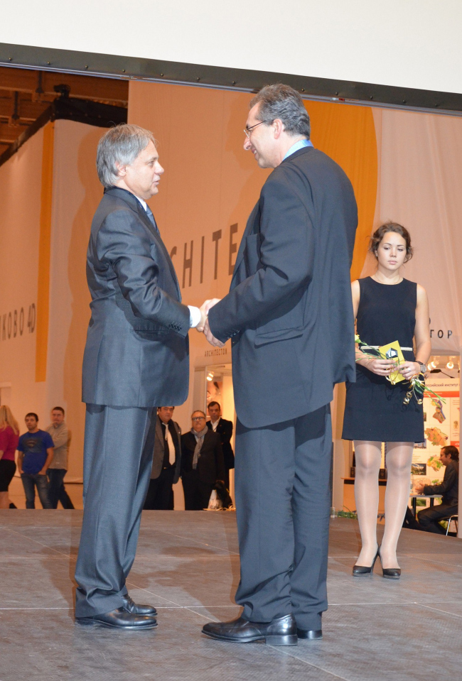 Сергей Чобан - лауреат медали Василия Баженова. Фото Елены Петуховой