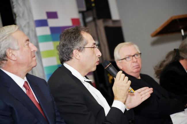 Сергей Чобан отвечает на вопросы аудитории. Фото Елены Петуховой
