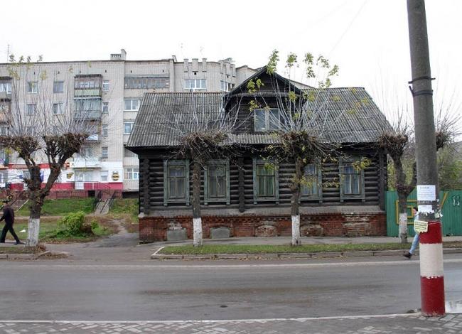 Дом, намеченный под снос