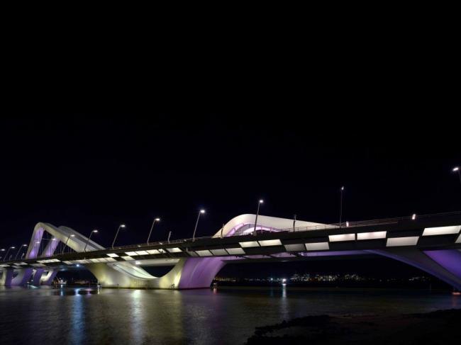 Мост Шейха Зайеда. Фото © Christian Richters