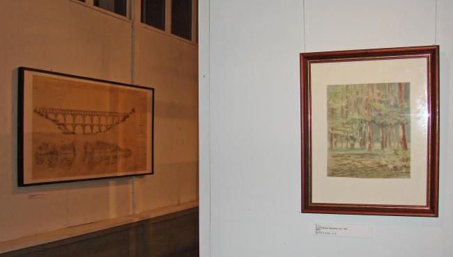 Выставка в галерее ВХУТЕМАС. Слева чертеж Гардского моста И.С.Николаева, справа - акварель его работы.