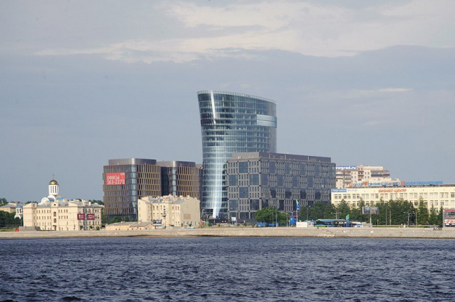 """St. Petersburg Plaza"" business complex"