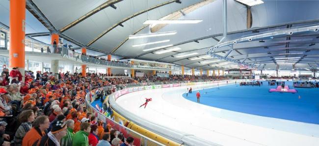 """Конькобежный стадион """"Max Aicher Arena"""" – реконструкция © David Matthiesen"""